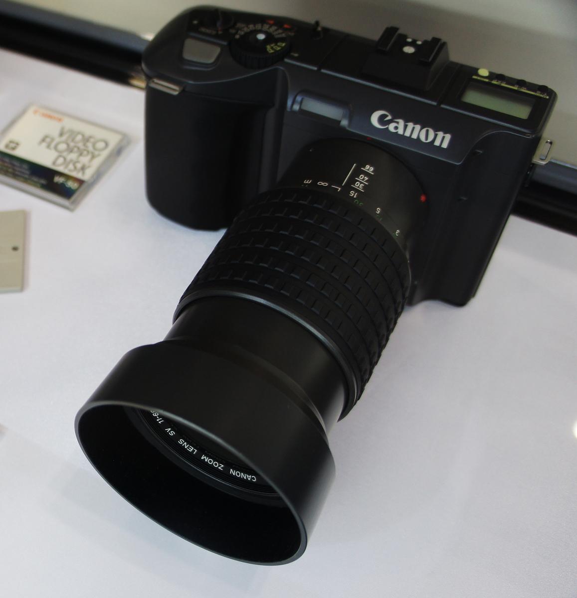 Standard canon rc 701 cp  2011