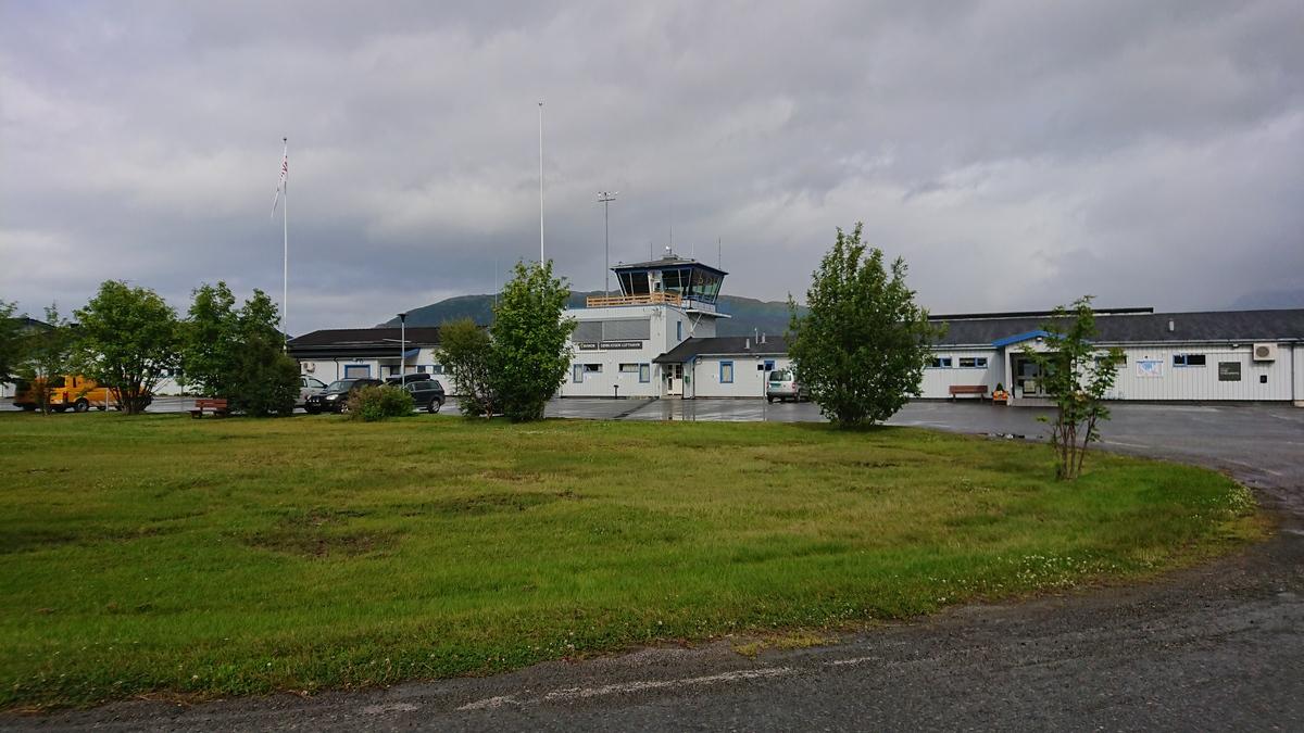 Standard sørkjosen lufthavn