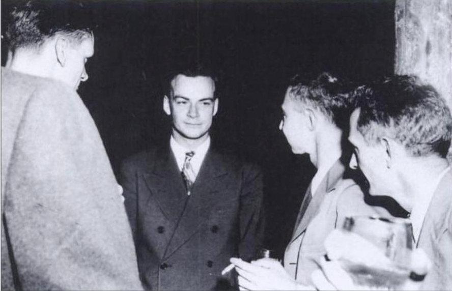 Standard feynman and oppenheimer at los alamos