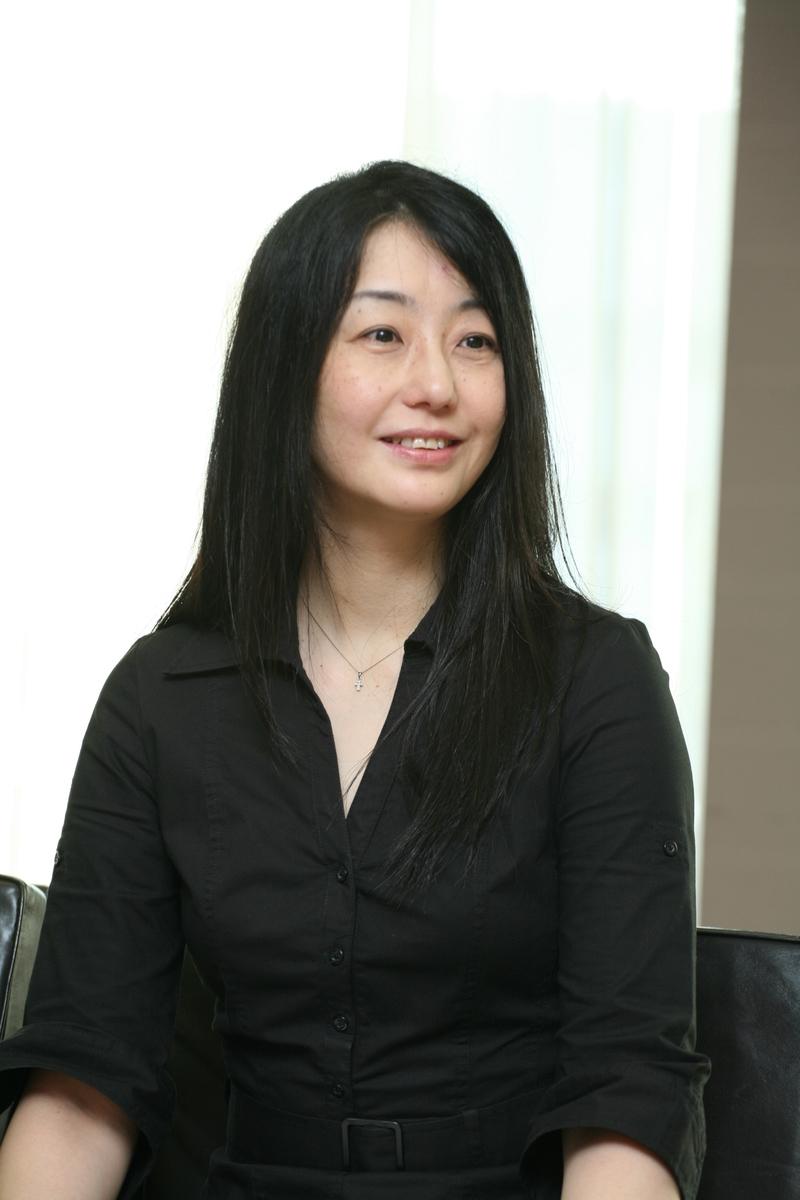 Standard hiromi kawakami