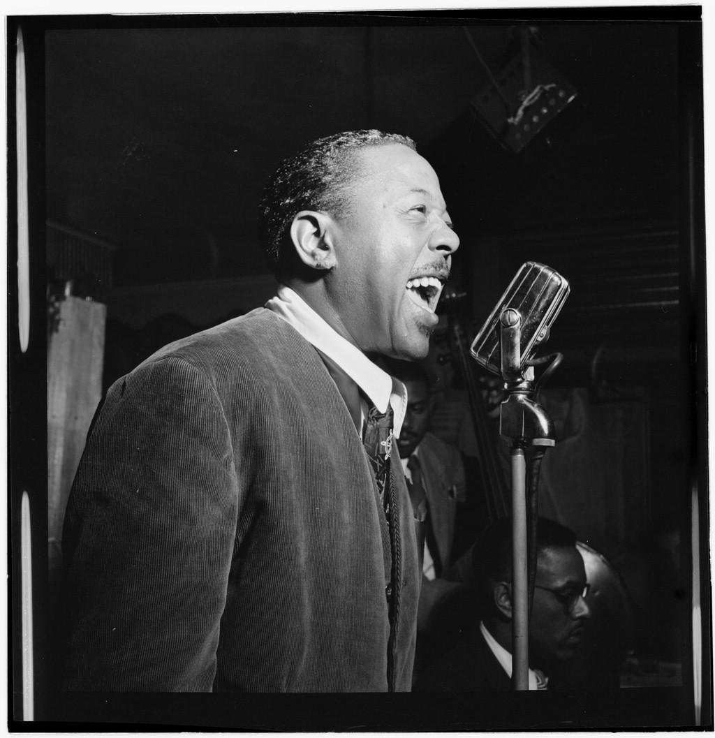 Standard roy eldridge  spotlite  club   new york  ca. nov. 1946  william p. gottlieb 02271