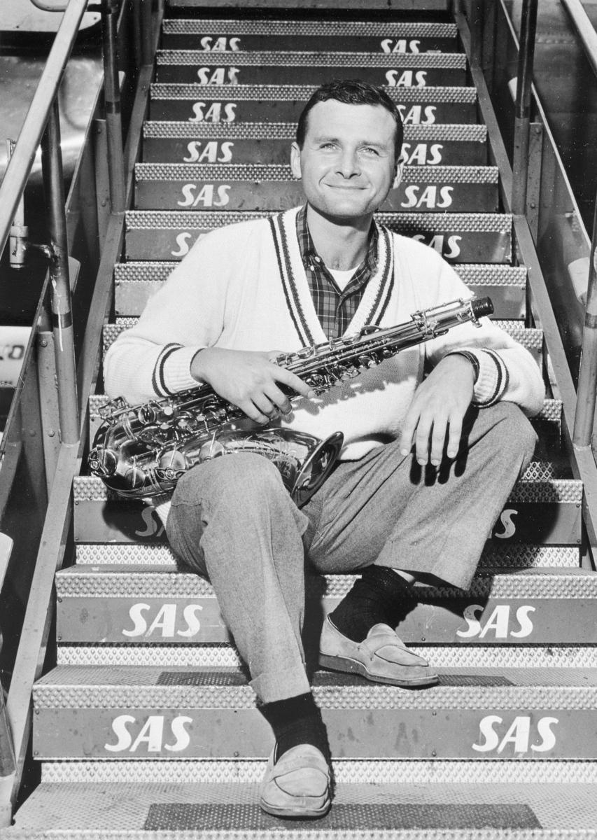 Standard stan getz  tenor saxophonist at kastrup airport cph  copenhagen