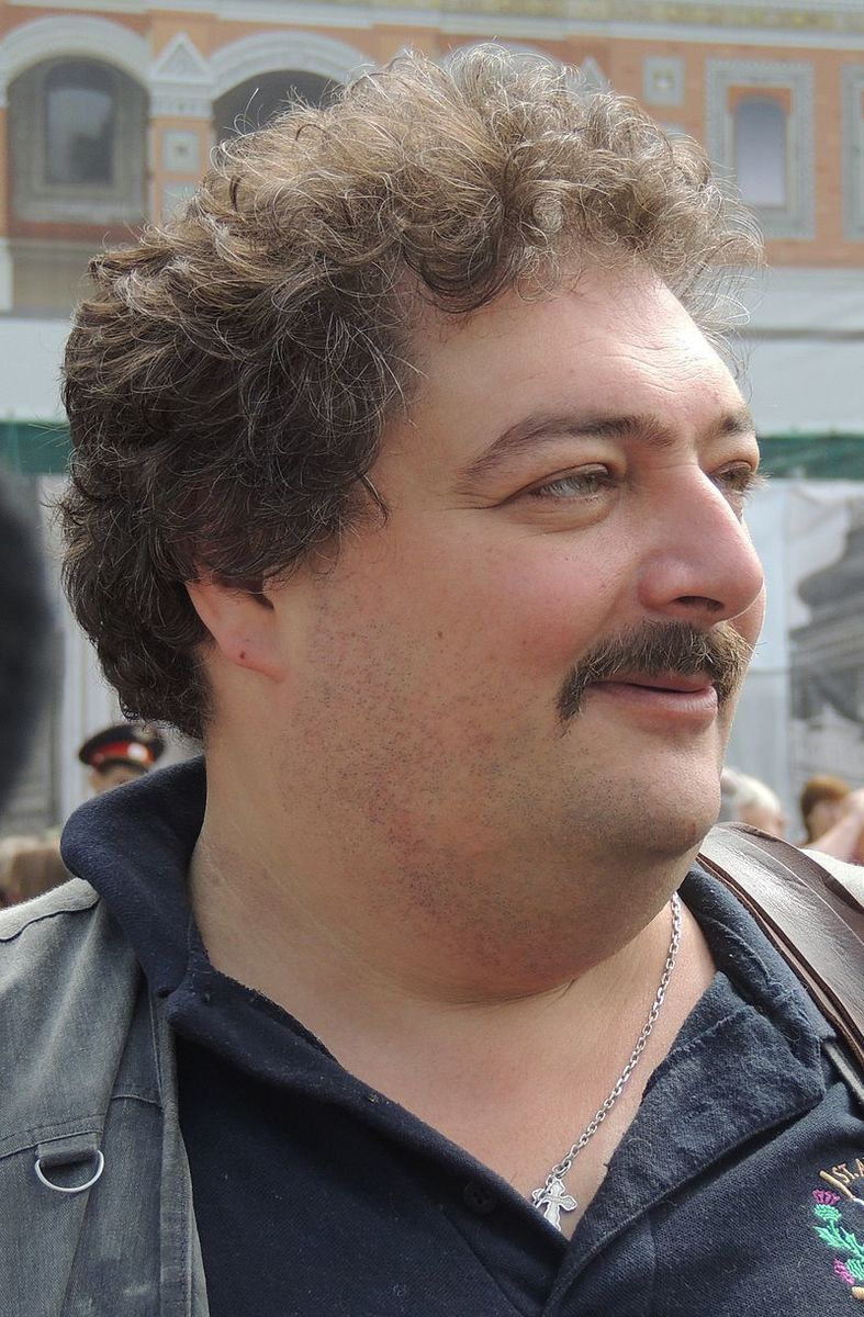Standard 800px dmitry bykov at moscow opposition rally 12 june 2013 1 1