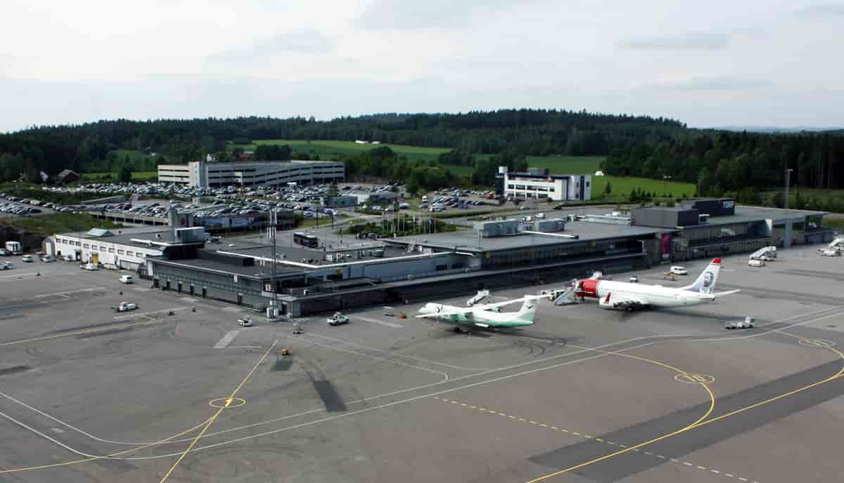 Buss Oslo Torp Flyplass
