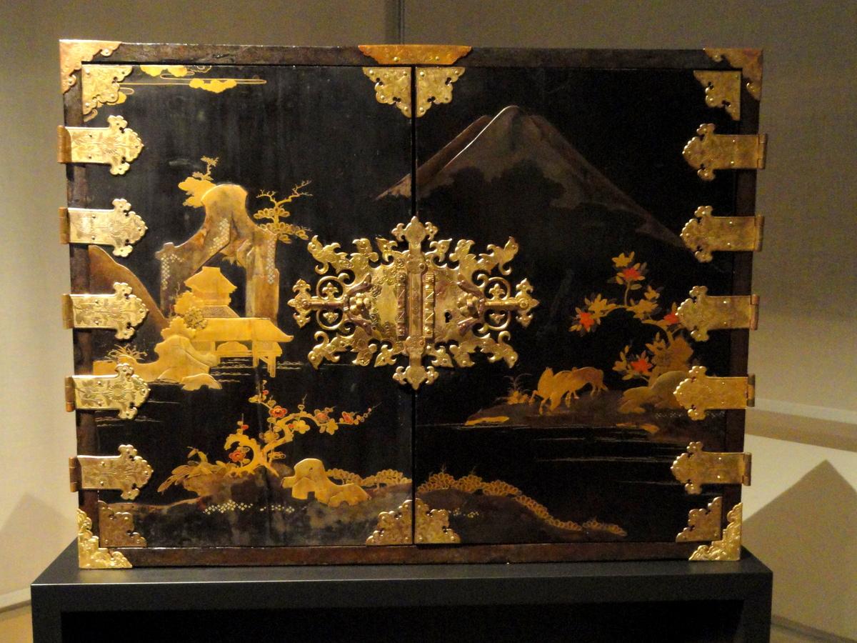 Standard japanese lacquer cabinet   staatliches museum für völkerkunde münchen   dsc08403