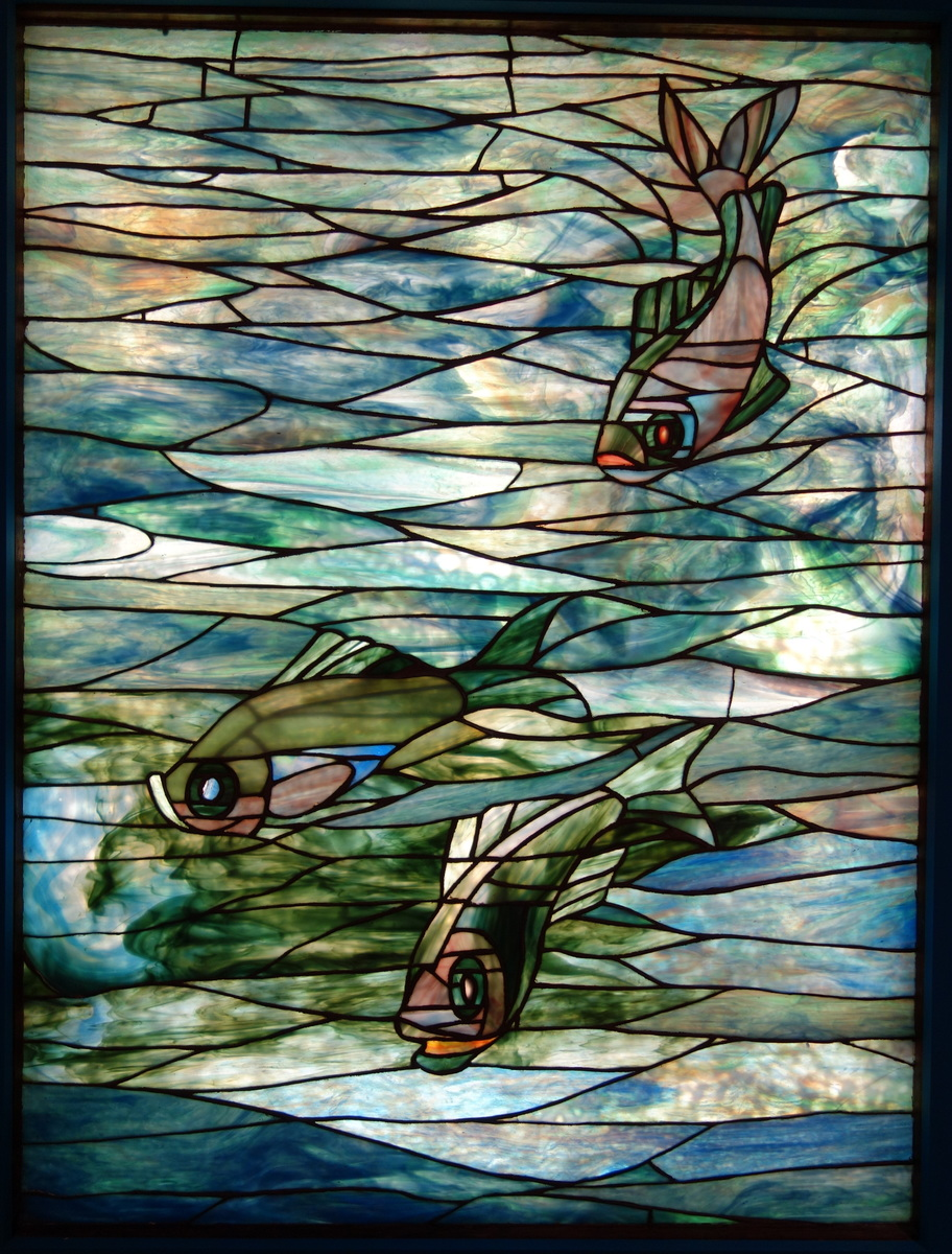 Standard window by louis comfort tiffany  tiffany glass and decorating company  c. 1890  leaded glass   new britain museum of american art   dsc09680