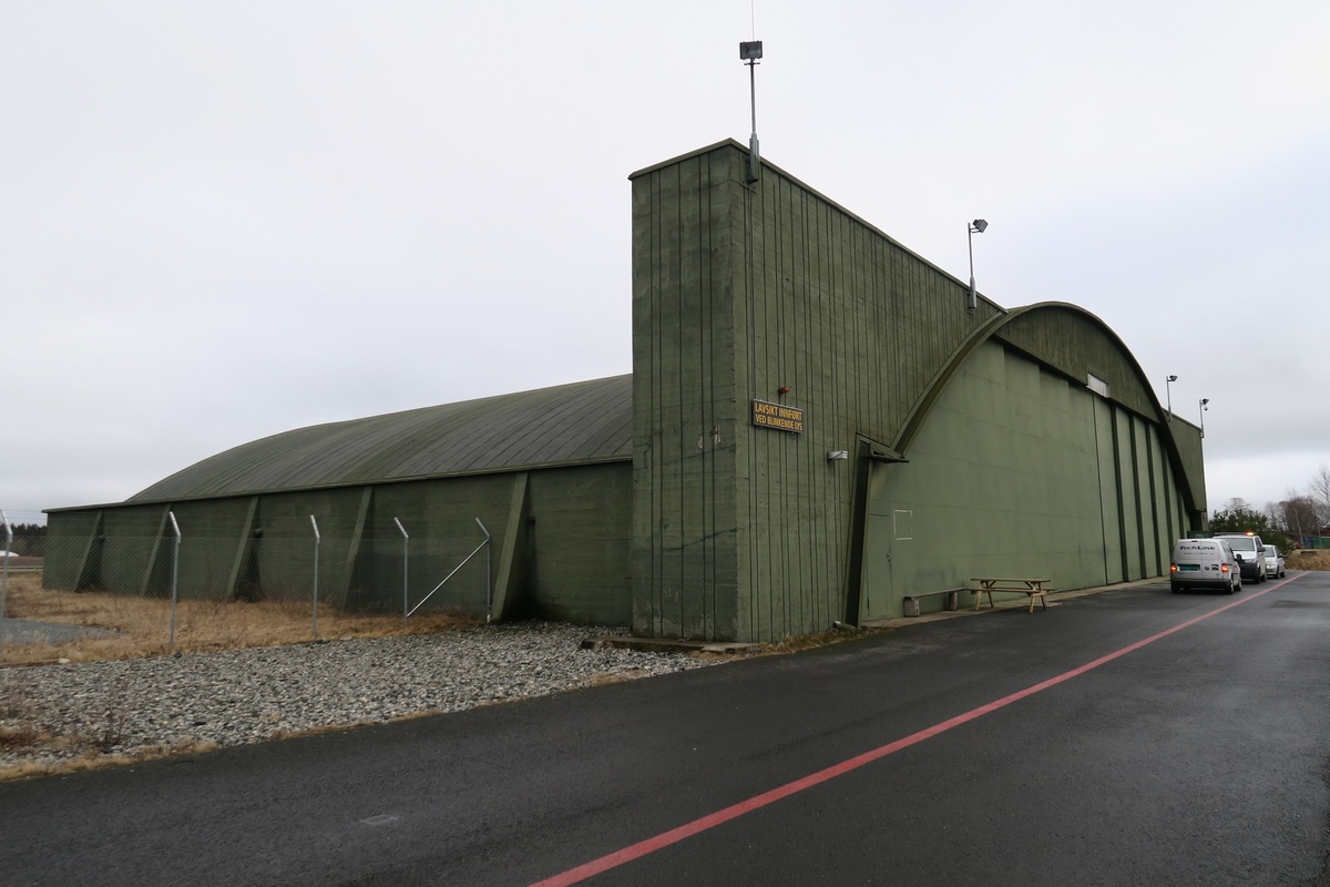 Standard rygge 0045 hangar rlh 2017