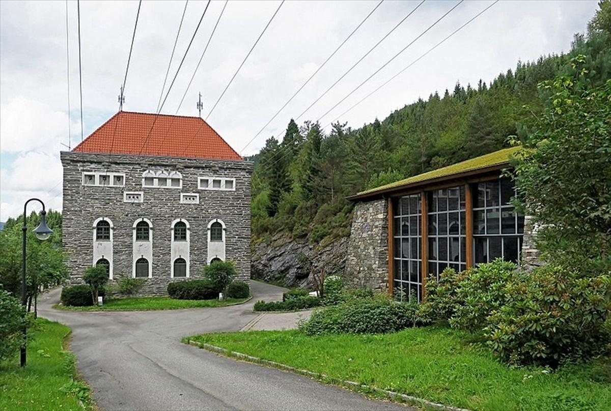 Standard 800px osterøy   herlandsfoss kraftstasjon ved fotlandsvåg
