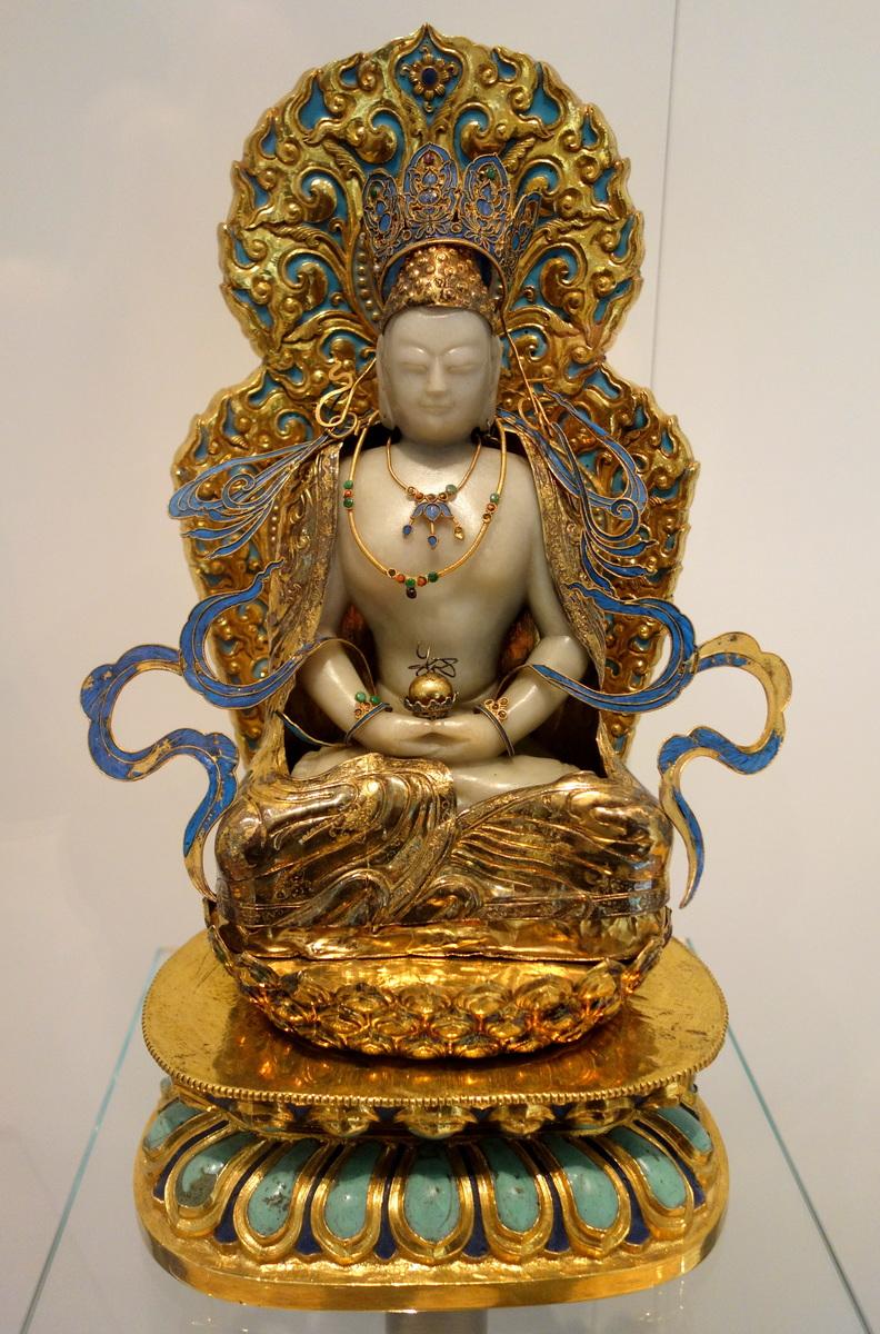Standard vairochana buddha  china  qing dynasty  19th century ad  jade  gilt bronze  enamel  pearls  kingfisher feathers   royal ontario museum   dsc03754